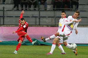 Après deux déplacements consécutifs, le DFCO a su bonifier les points pris à Valenciennes en obtenant une 6e victoire consécutive à domicile.(Nicolas GOISQUE/www.Focale.info)