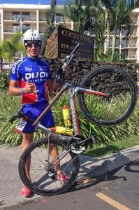 Gilles a découvert son vélo sur place (© Gilles Reboul)
