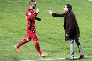 Yohann Rivière s'est empreesé de fêter son but avec son coach Olivier Dall'Oglio(Nicolas GOISQUE/www.focale.info)