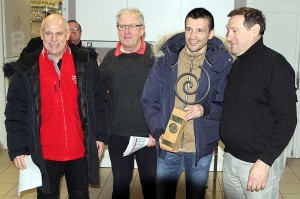 Erci Carrière a reçu le trophée pour l'Amicale (Nicolas GOISQUE/www.Focale.info)