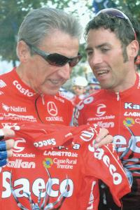 luigi 2004 avec Gilberto Simoni Vainqueur du Giro 2001 et 2003 (©SCO Dijon)