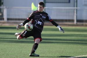 Mauvaise après-midi pour Léa Massibot qui se blesse et encaisse 3 buts (Nicolas GOISQUE/archives)