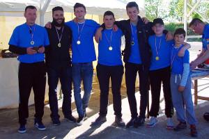 podium catégorie jeune et débutant composé à 100% d'archers DIjonnais. (©1ère compagnie d'Arc Dijon)