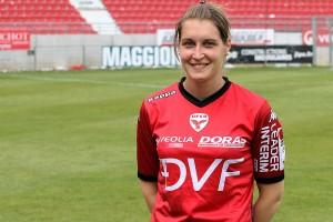 Adeline Rousseau a été présenté au public lors du dernier match de la saison à Gaston Gérard (Nicolas GOISQUE/www.Focale.info)