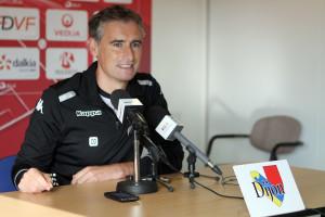 Olivier Dall'Oglio était souriant lors de cette première conférence de presse d'avant match. Crédit Nicolas GOISQUE