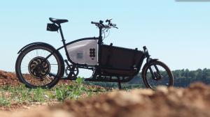 Vélo-cargo Douze-cycles utilisé pour le #CTS2015 ©Cinécyclo   2015 © Vincent Hanrion