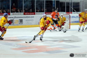 Les attaques devront être bien coordonnées pour espérer marquer © Guillaume Meurisse/ Hockey Hebdo