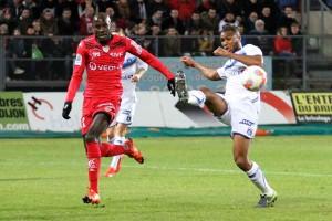 A l'inverse du derby, Dijon devra se montrer efficace devant le but. Crédit: Nicolas Goisque